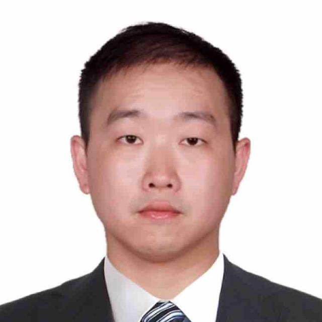 Tom Zhong